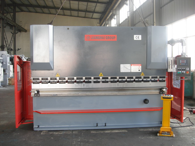 100 * 3200 CNC bending machine